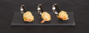 Gambas con Fideos de Patata Crujiente